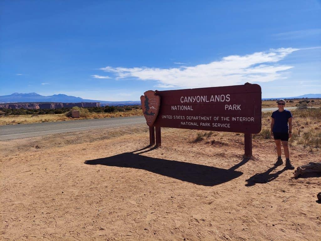 canyonlands national park entrance sign