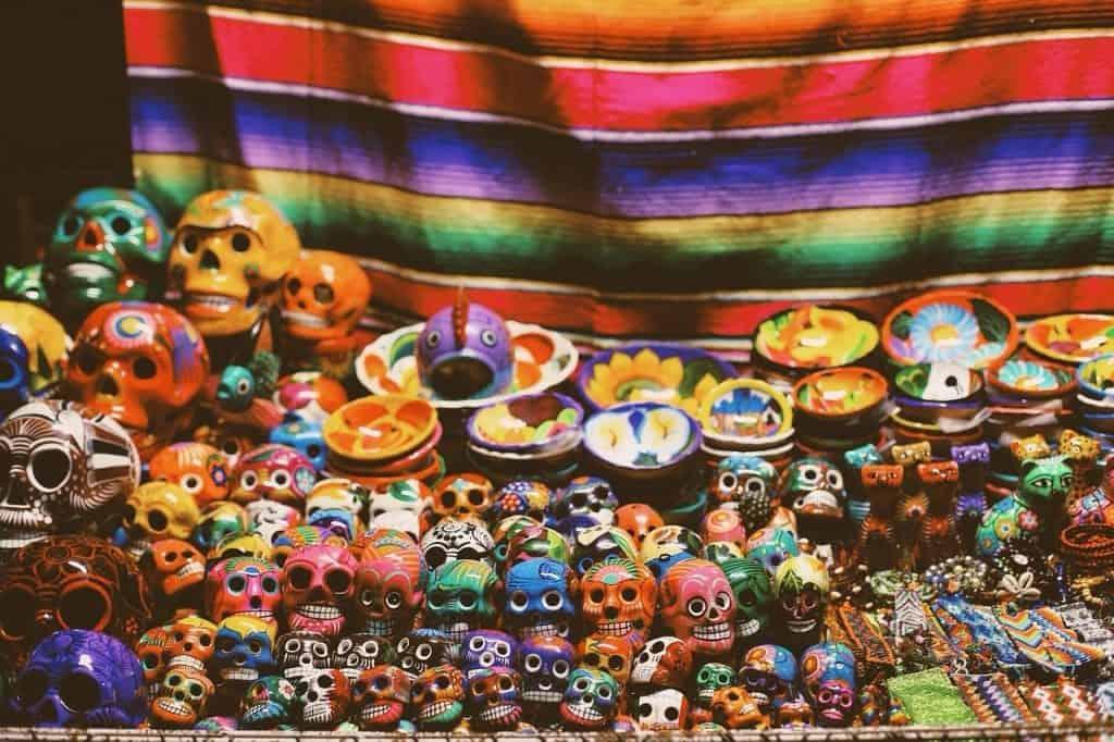 skulls mexico pottery