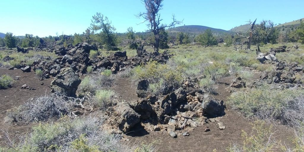 devils orchard loop trail at craters of the moon