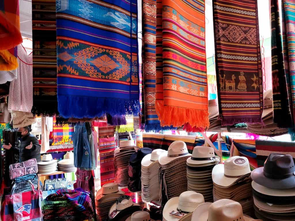 blankets and hats in los algodones market
