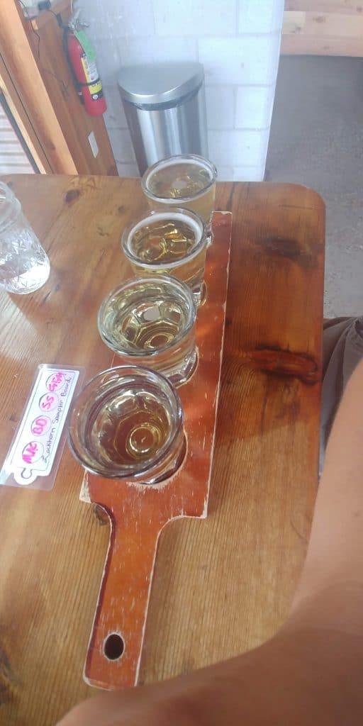 cider flight at lockhorn cider