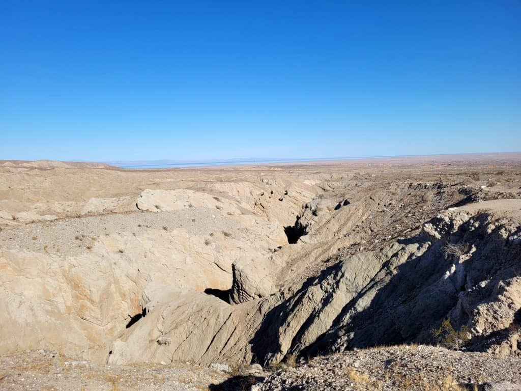 rock fault along erosion drive at anza borrego