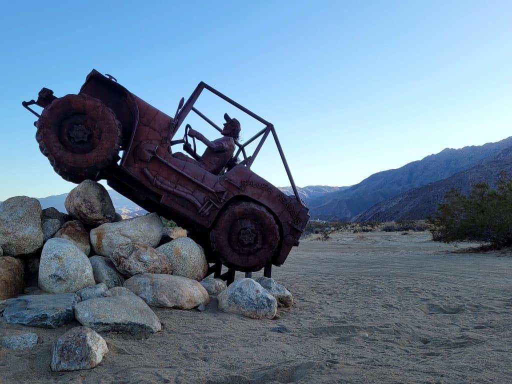 jeep sculpture in galleta meadows