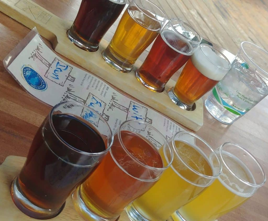 beer flights at snowy mountain brewery in saratoga wy
