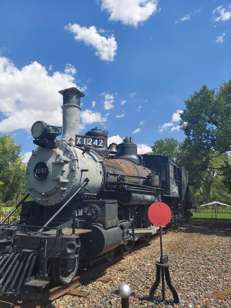 train in cheyenne wyoming