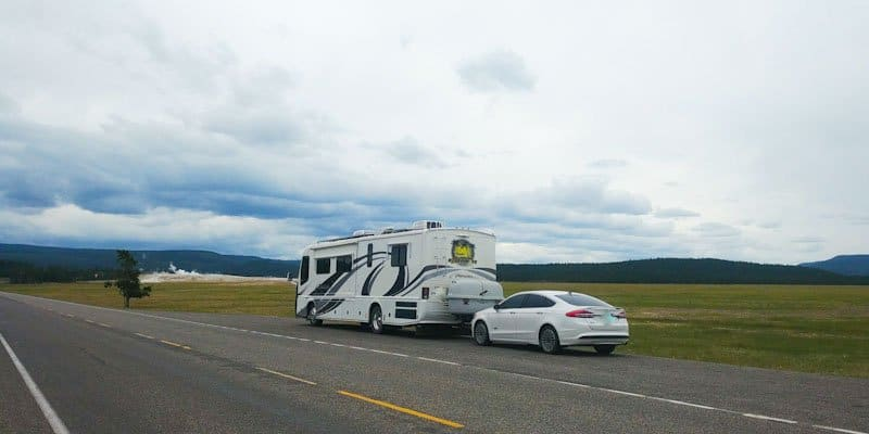 pippi and tow car in yellowstone