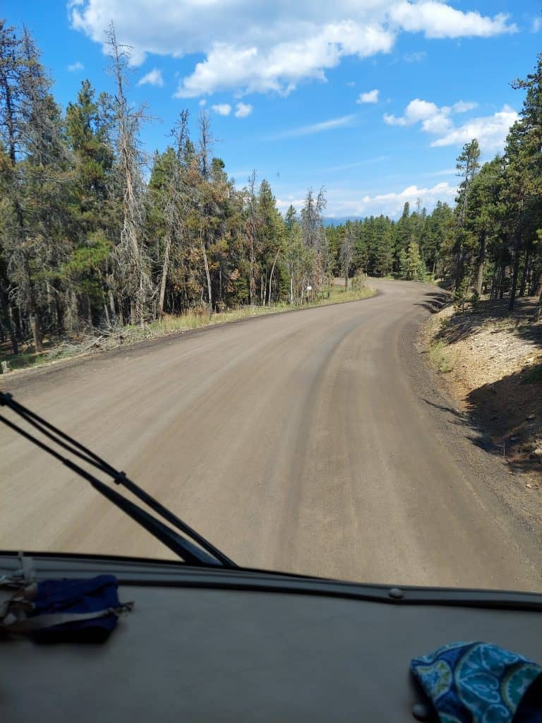 drive into golden gate canyon state park campground