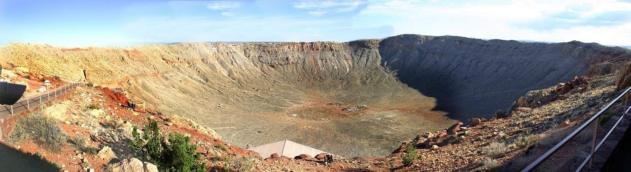 meteor crater near winslow arizona is a good thing to do